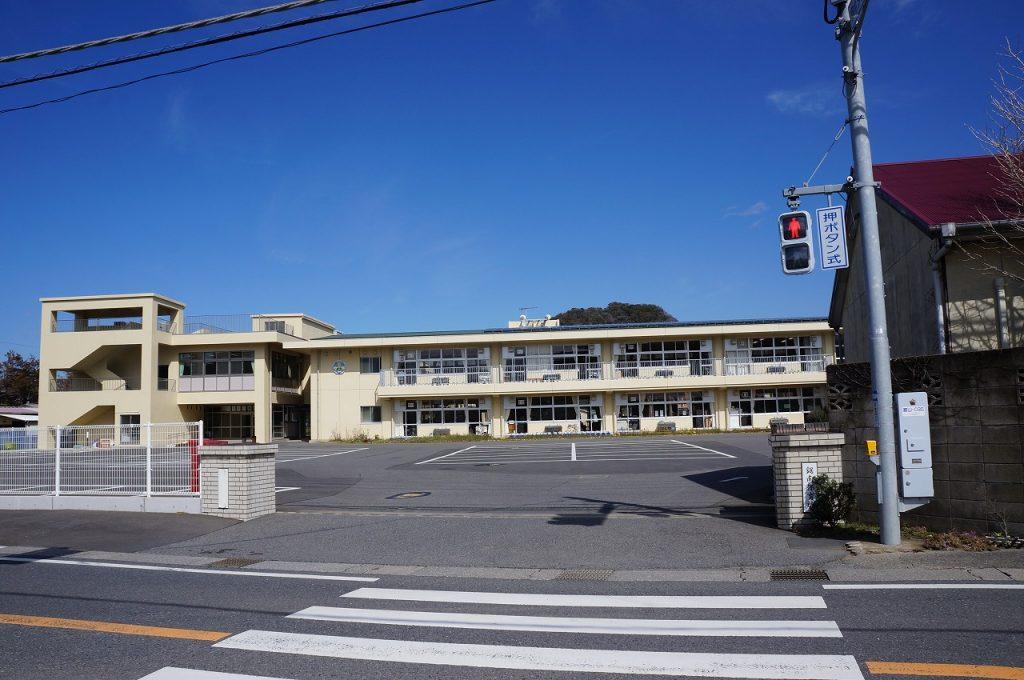 鋸南小学校